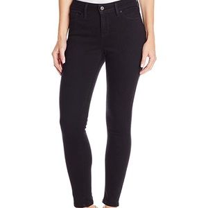 Levi's Perfectly Slimming 512 Skinny Black Jeans